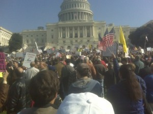 10,000 protest against ObamaCare today